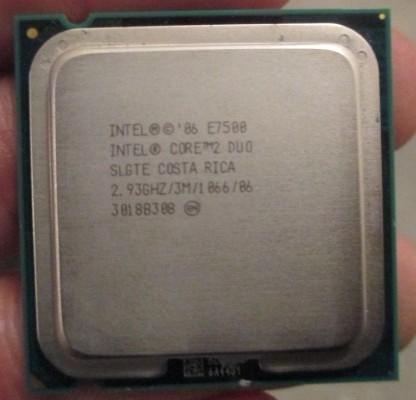 梅捷A78 富士康G31 E75 E55 金士顿内存 二手电脑交易市场图片